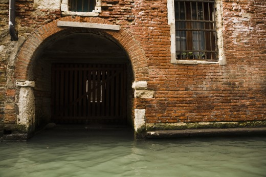 Stock Photo: 1889R-14932 Place for mooring, canal, Venice, Italy