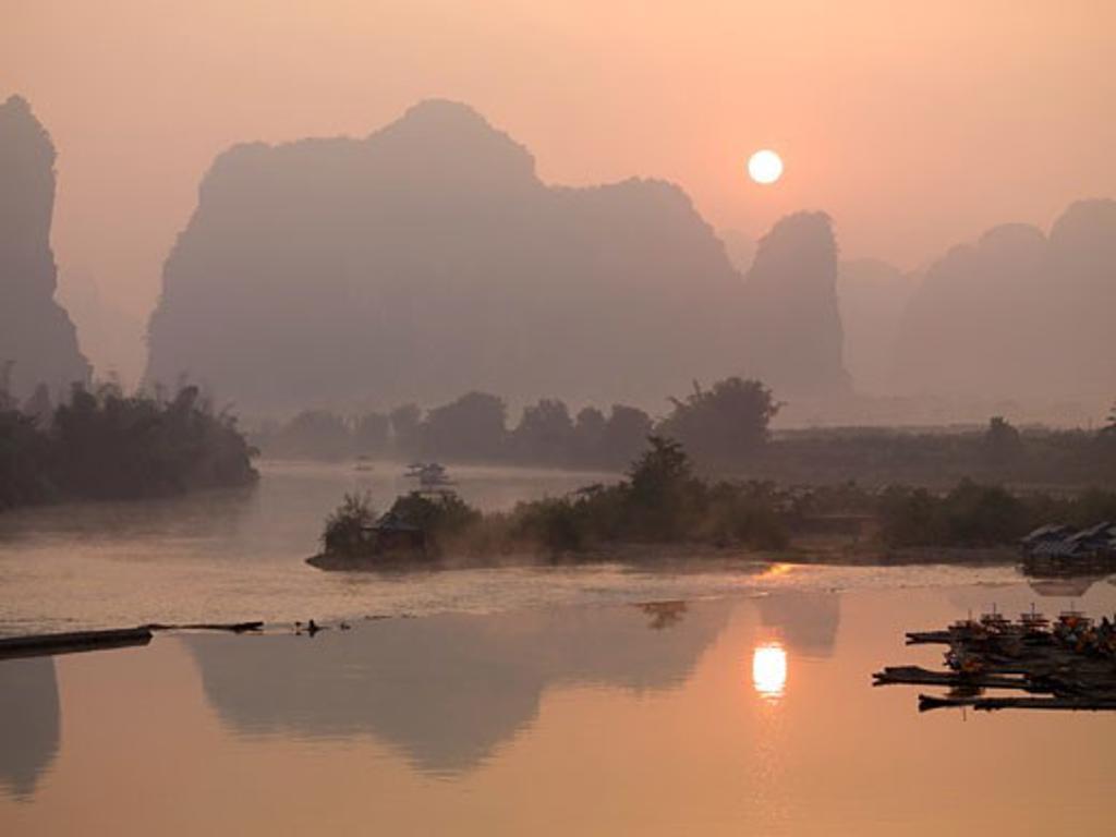 Yulong River, Guangxi, Zhuang Province, China : Stock Photo