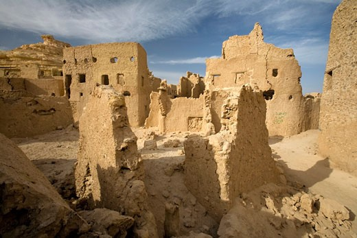 Siwa Oasis, Egypt; The 13th century mud-brick fortress of Shali : Stock Photo