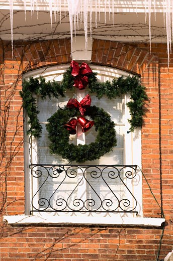 Christmas decorations on exterior of building, Waterloo, Quebec, Canada : Stock Photo
