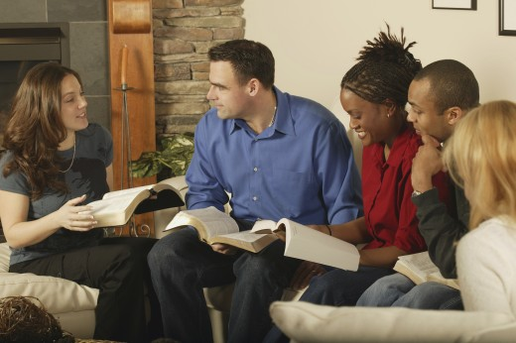 Stock Photo: 1889R-19259 Group Bible study