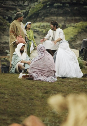 Stock Photo: 1889R-22166 Jesus with a close group of people