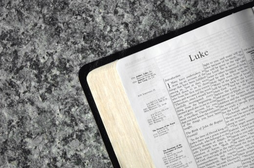 Bible open to Luke : Stock Photo