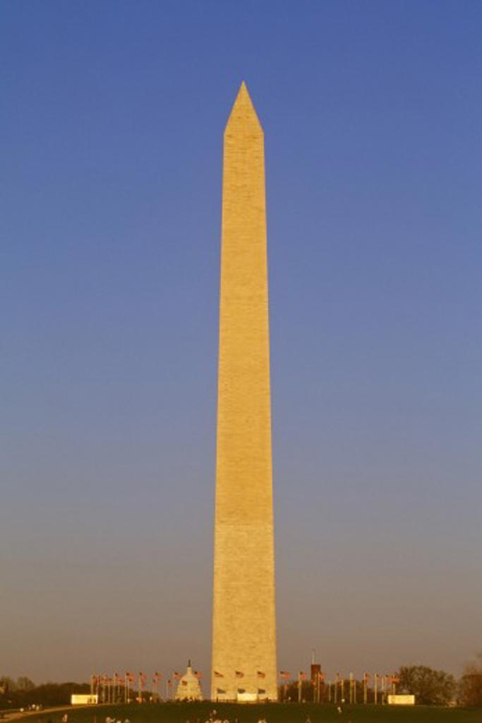 Stock Photo: 1889R-32288 National Mall Washington Monument in Washington, DC, USA