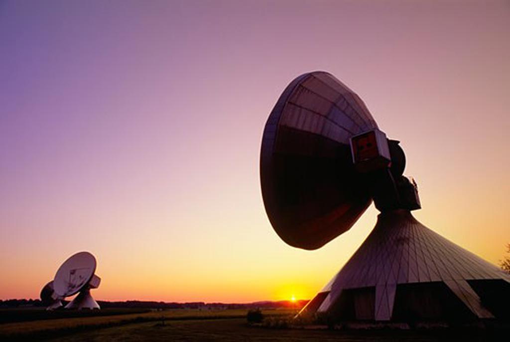Stock Photo: 1889R-33804 Satellite communication station, Raisting, Germany