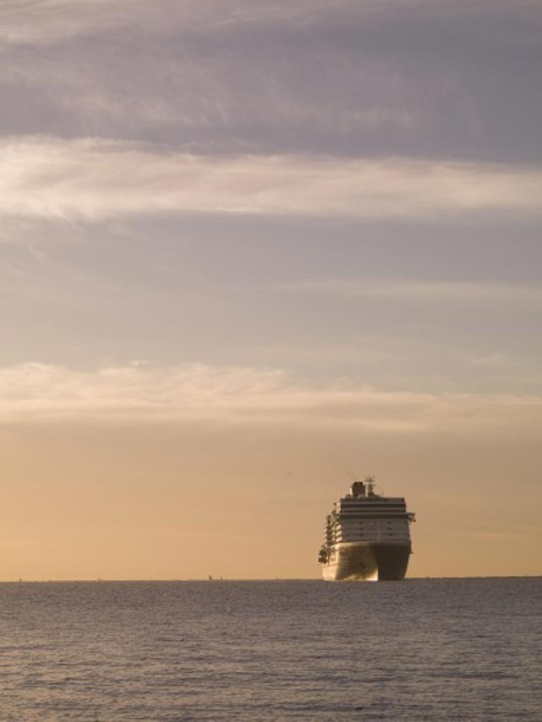 Stock Photo: 1889R-39183 Cruise ship, Los Cabos, Mexico