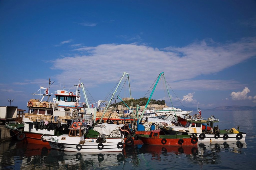 Stock Photo: 1889R-47320 Fishing boats in the port of Kusadasi, Turkey
