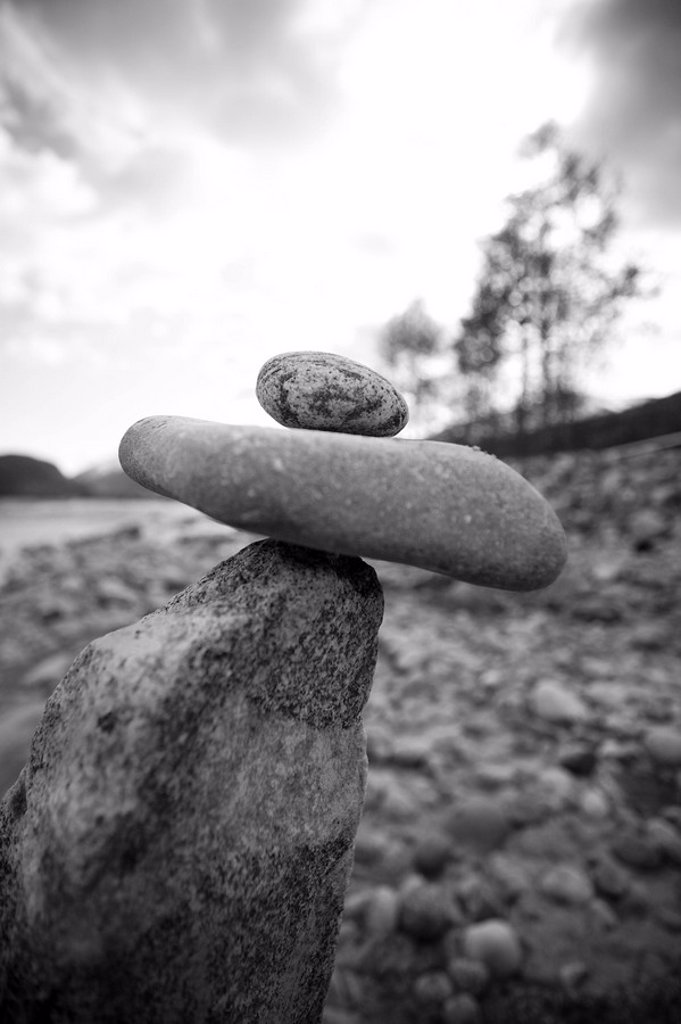The Inukshuk, traditional trail marker of the Inuit people : Stock Photo