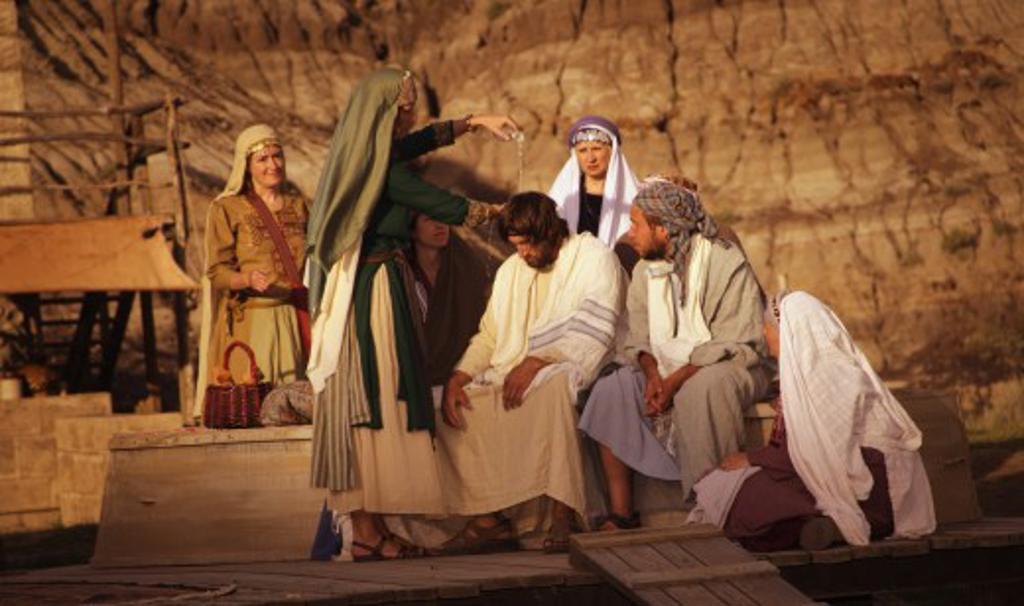 Mary Anoints Jesus : Stock Photo
