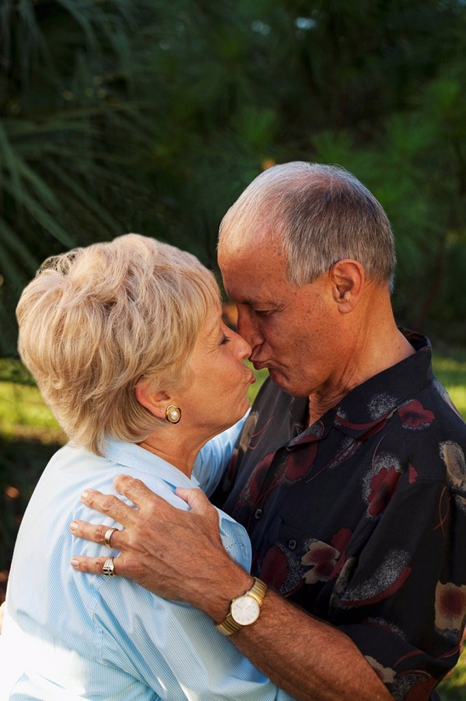 fort lauderdale, florida, united states of america, a couple kissing : Stock Photo