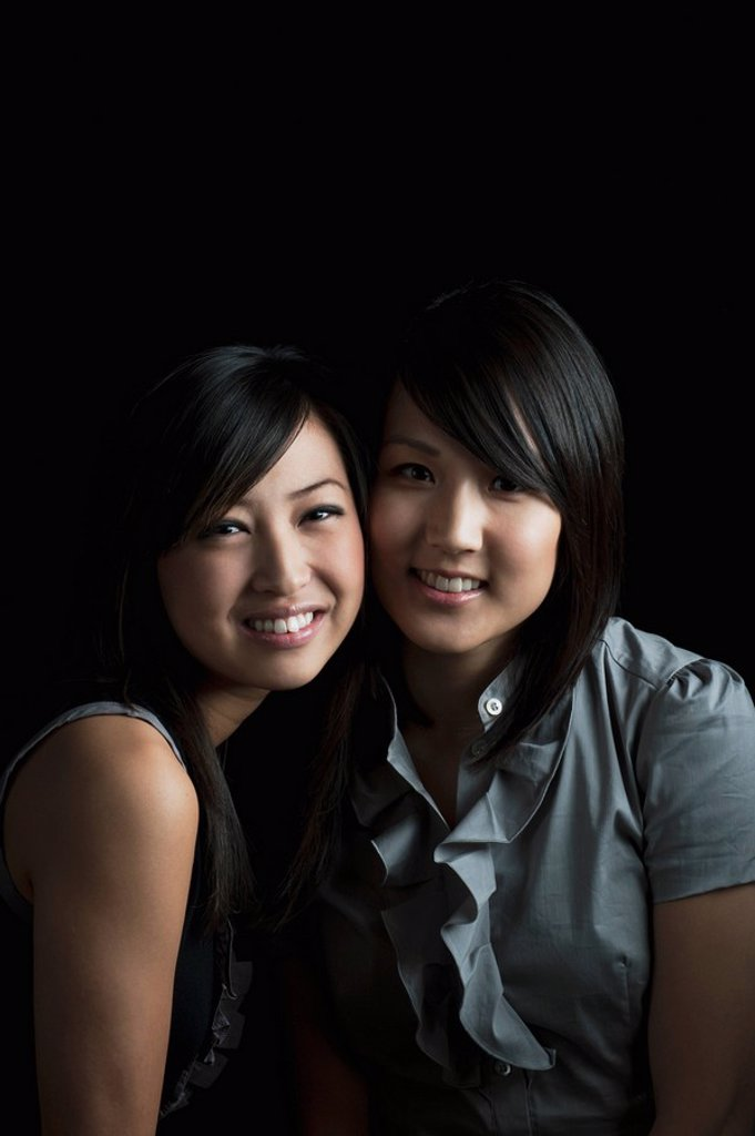 Stock Photo: 1889R-53072 friendship between two young women