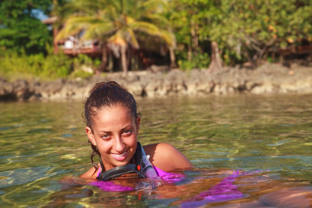 Roatan, Bay Islands, Honduras, A Young Woman With Snorkeling Gear At Anthony´s Key Resort : Stock Photo