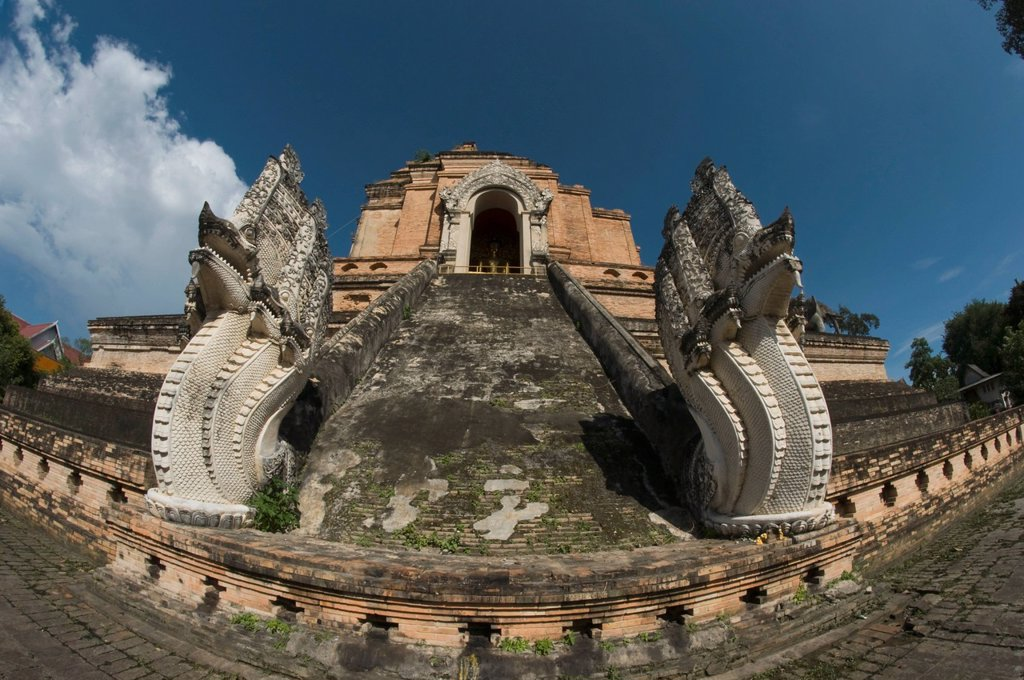 wat chedi luang temple stupa, chaing mai, thailand : Stock Photo