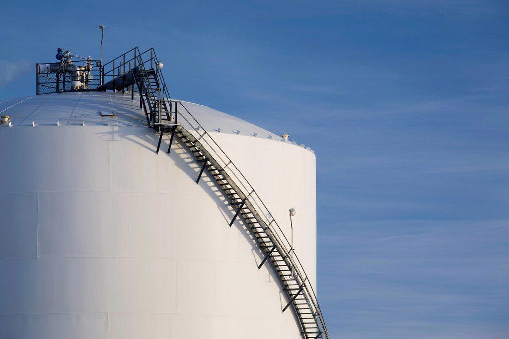 Stock Photo: 1889R-67744 stairway on side of oil tank, fort saskatchewan, alberta, canada