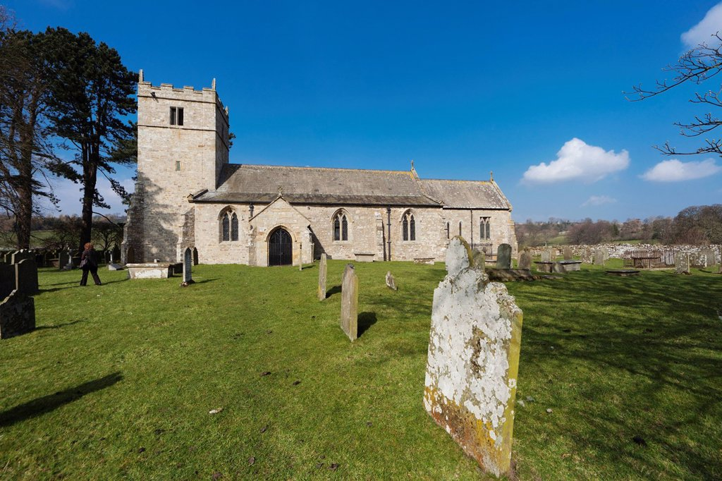 holy trinity church and cemetery, coverham yorkshire england : Stock Photo