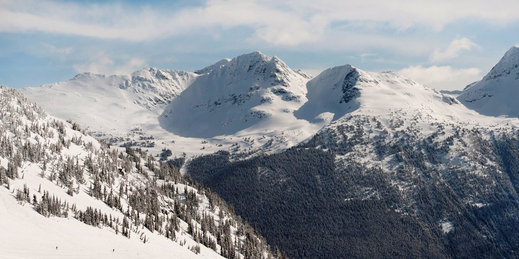 Stock Photo: 1889R-69992 snow on the coast mountains, whistler, british columbia, canada