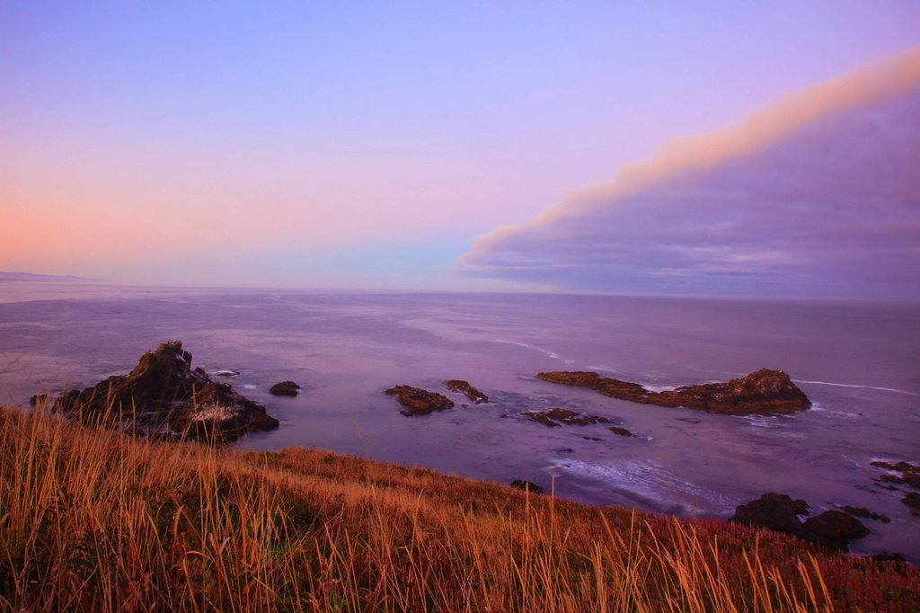 Stock Photo: 1889R-70859 sunrise over yaquina head, oregon united states of america
