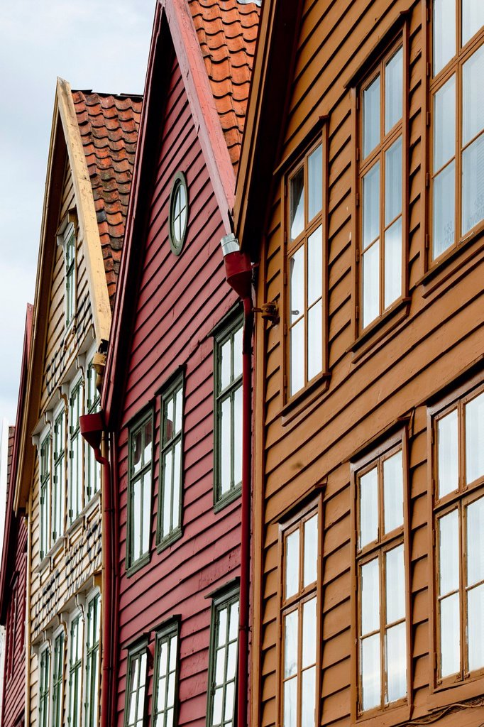 Colourful houses in a row, bergen norway : Stock Photo