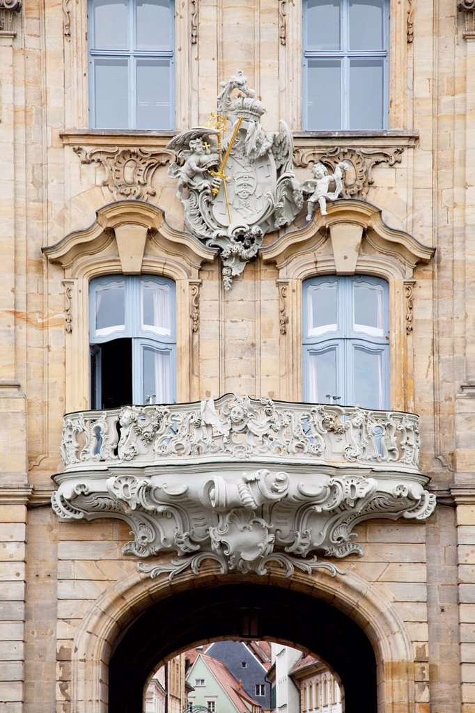 An old house with an ornate balcony, bamberg bavaria germany : Stock Photo