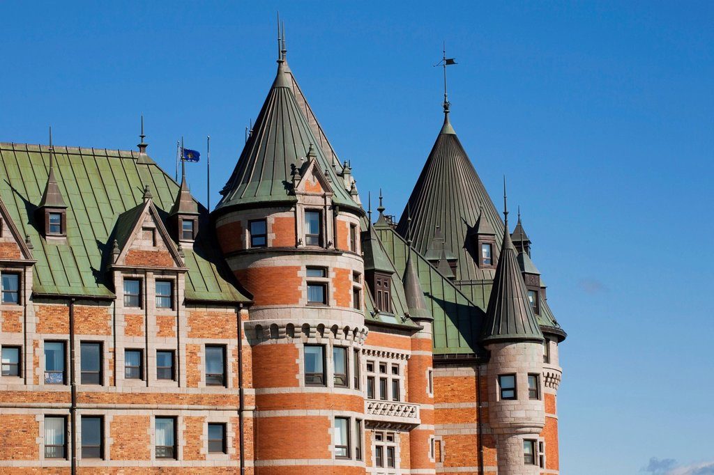 Stock Photo: 1889R-77997 chateau frontenac, quebec city, quebec, canada