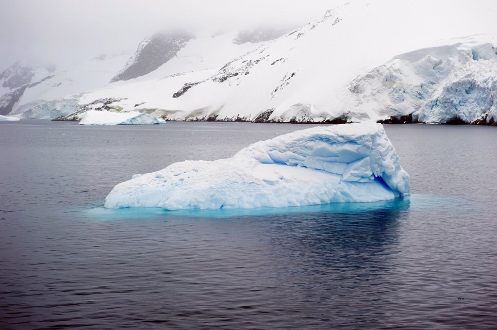 Stock Photo: 1889R-80378 Iceberg, antarctica