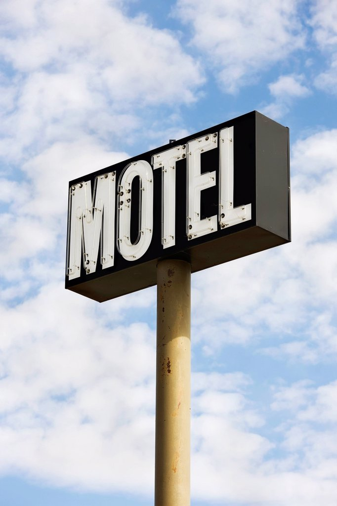 Stock Photo: 1889R-89034 Motel sign;Saskatchewan canada