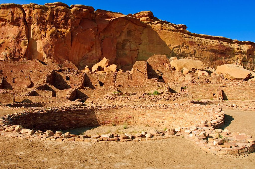 Stock Photo: 1890-100687 Pueblo Bonito Chaco Culture National Historical Park scenery, New Mexico, United States of America, North America