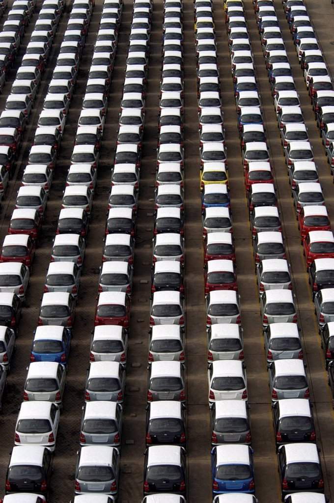Hyundai cars ready for export, Chennai port, Tamil Nadu, India, Asia : Stock Photo