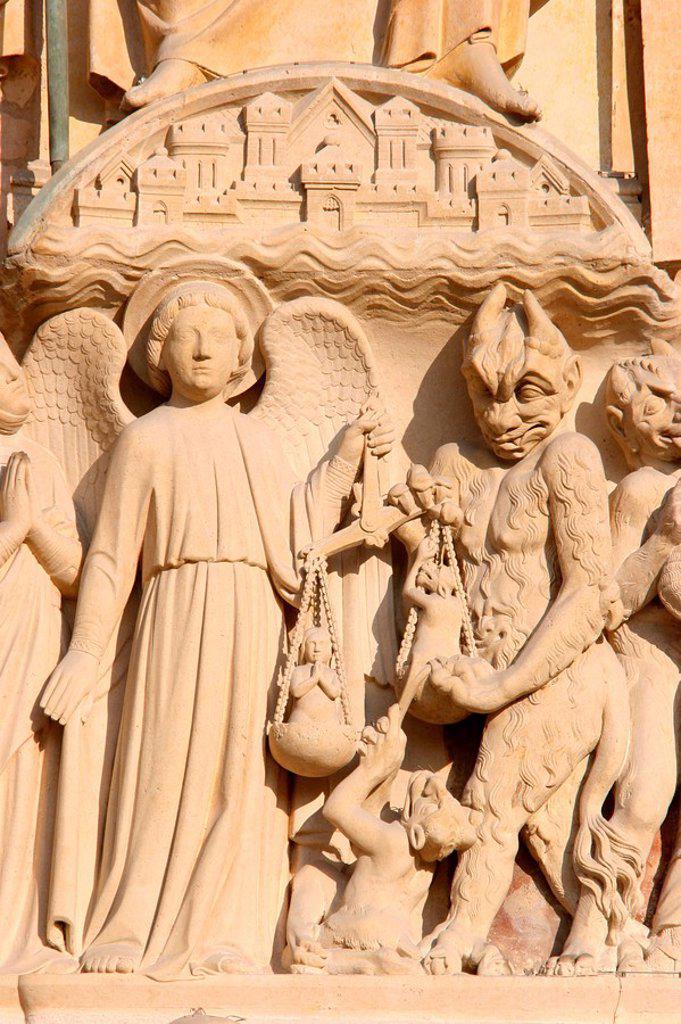 Sculpture of the Last Judgment, Notre Dame de Paris cathedral, Paris, France, Europe : Stock Photo