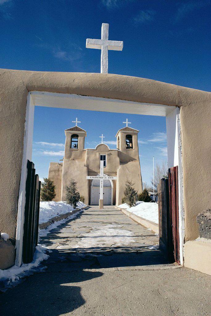 Mission San Francisco de Asis, Ranchos de Taos, New Mexico, United States of America U.S.A., North America : Stock Photo