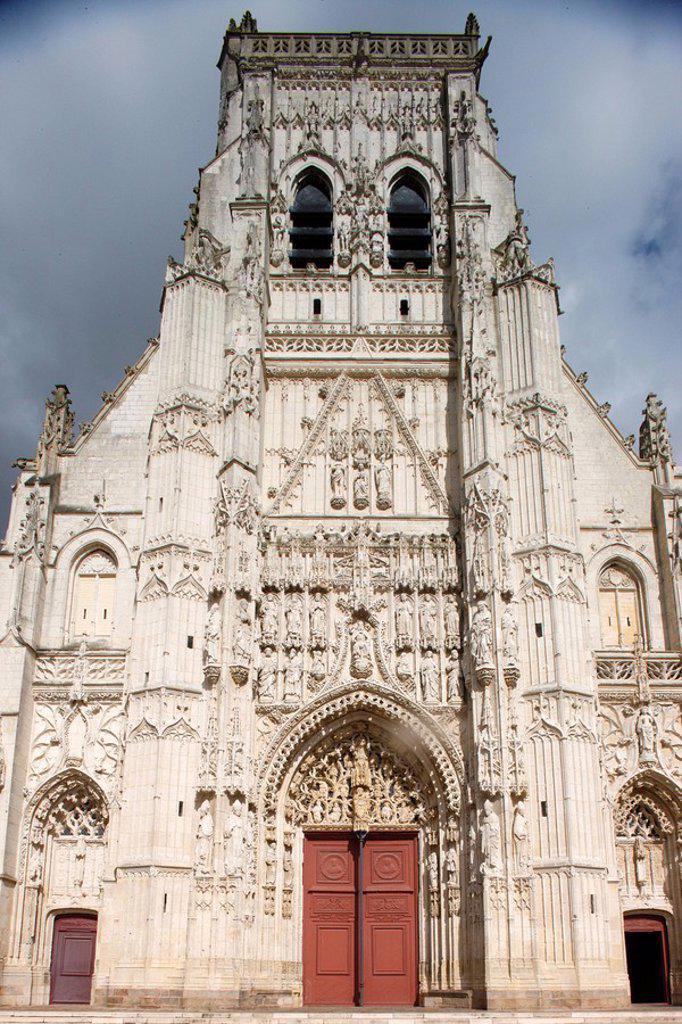 Stock Photo: 1890-105360 Western facade, Saint_Riquier abbey church, Saint_Riquier, Somme, France, Europe