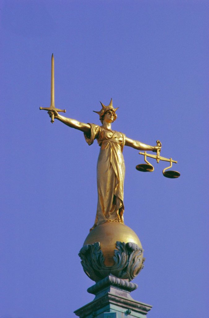 Stock Photo: 1890-10570 The Scales of Justice above the Old Bailey Law Courts, Inns of Court, London, England, UK