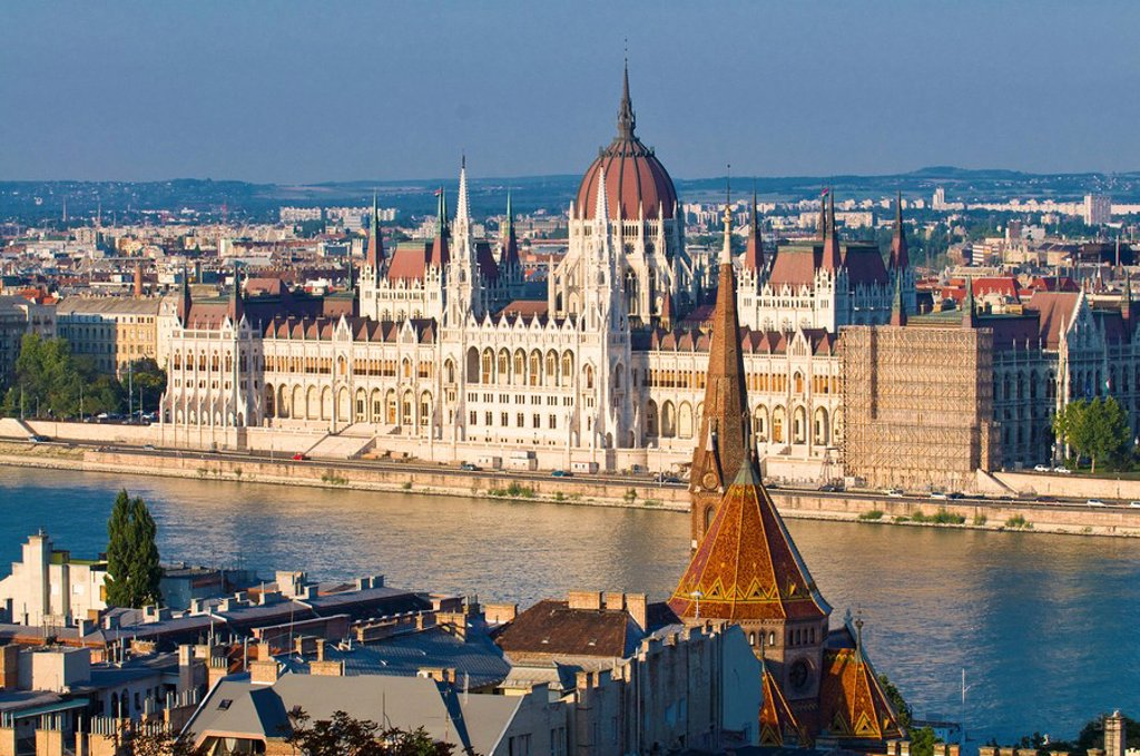 Stock Photo: 1890-108355 View of the Parliament Building, Budapest, Hungary, Europe