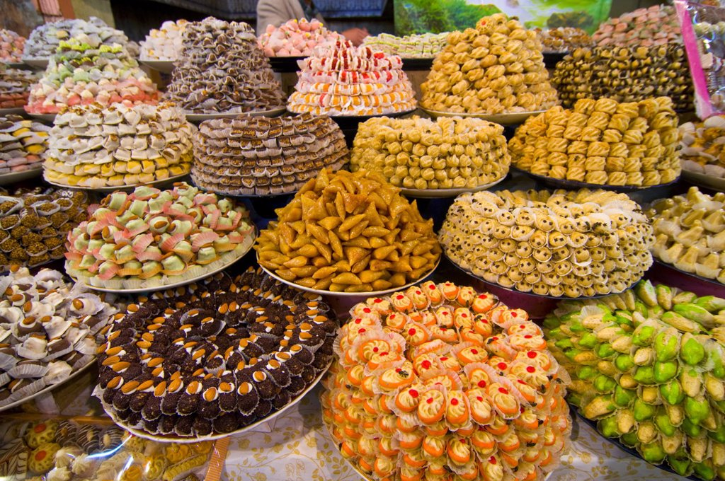 Stock Photo: 1890-113474 Sweets for sale in the souk of Meknes, Morocco, North Africa, Africa