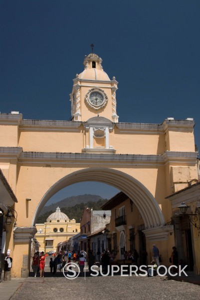 The Arch of Santa Catalina, Antigua, UNESCO World Heritage Site, Guatemala, Central America : Stock Photo