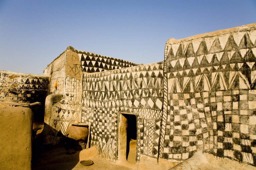 Stock Photo: 1890-115227 Painted mud house in Tangassogo Village, near the border of Ghana, Burkina Faso, West Africa, Africa