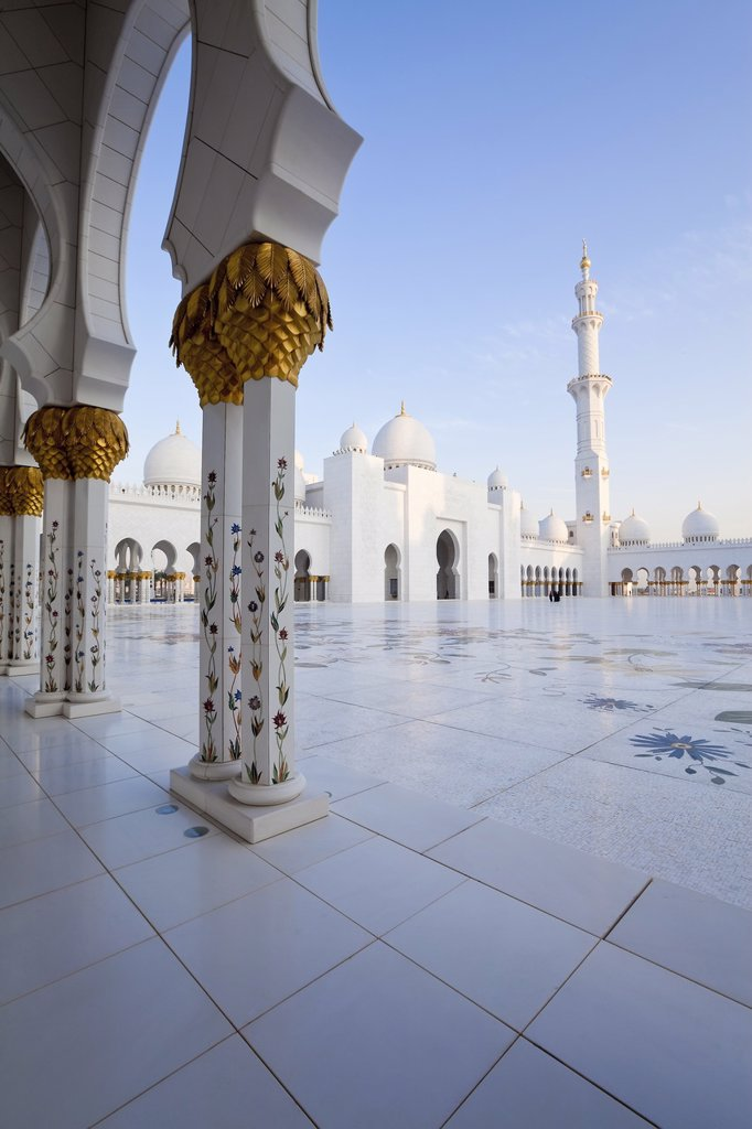 Gilded columns of Sheikh Zayed Bin Sultan Al Nahyan Mosque, Abu Dhabi, United Arab Emirates, Middle East : Stock Photo