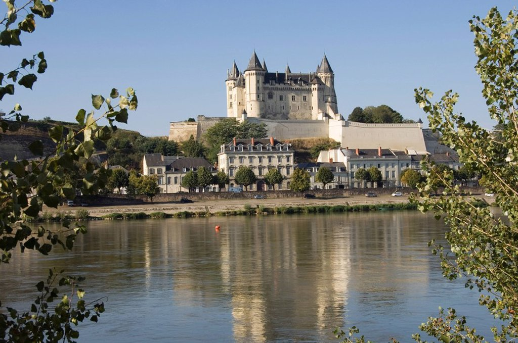 Stock Photo: 1890-117077 View across the River Loire to the Chateau de Saumur, Maine_et_Loire, Pays de la Loire, France, Europe