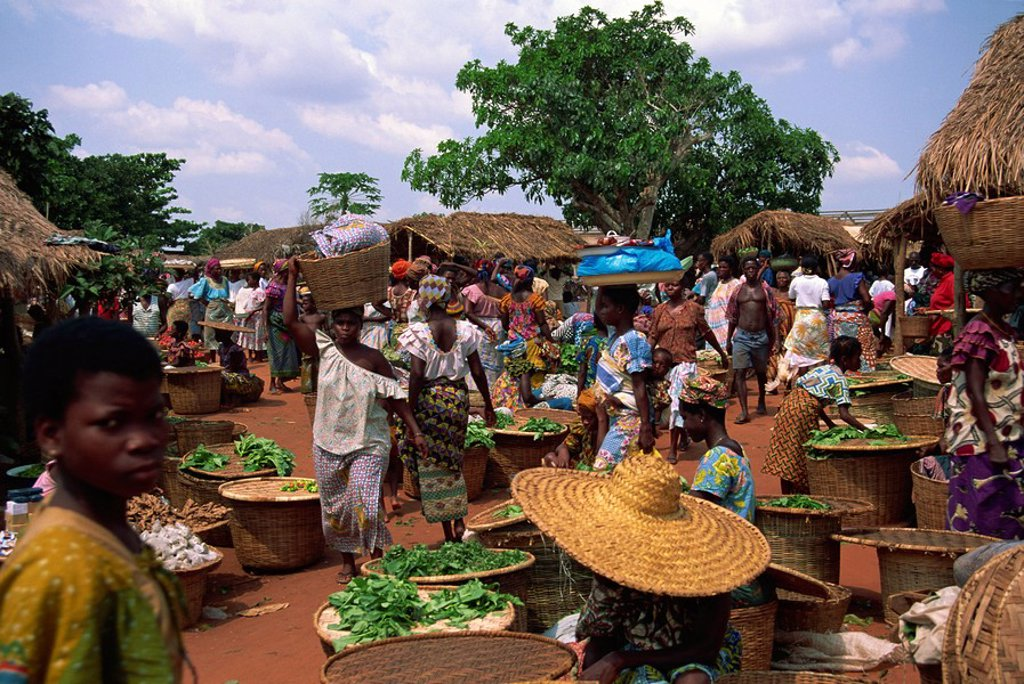 Friday market at Vogan, Togo, West Africa, Africa : Stock Photo