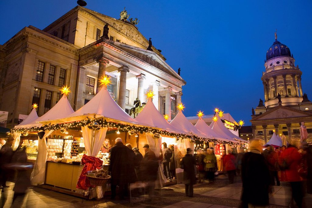 Stock Photo: 1890-117855 Gendarmen markt Christmas market, Franz Dom and Konzert Haus, Berlin, Germany, Europe