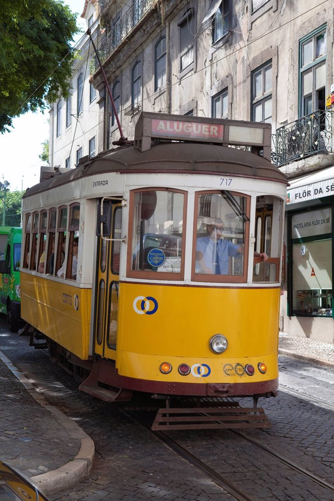 Stock Photo: 1890-120913 Tram in the Alfama district, Lisbon, Portugal, Europe