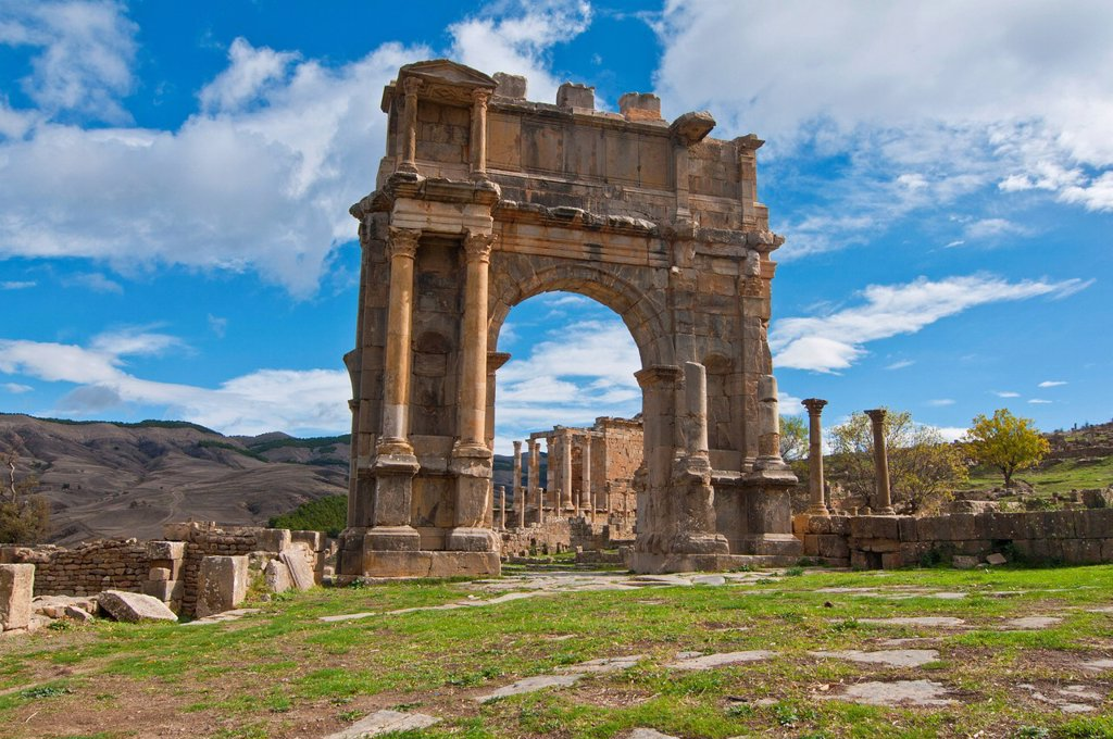 Stock Photo: 1890-121500 The Arch of Caracalla at the Roman ruins of Djemila, UNESCO World Heritage Site, Algeria, North Africa, Africa