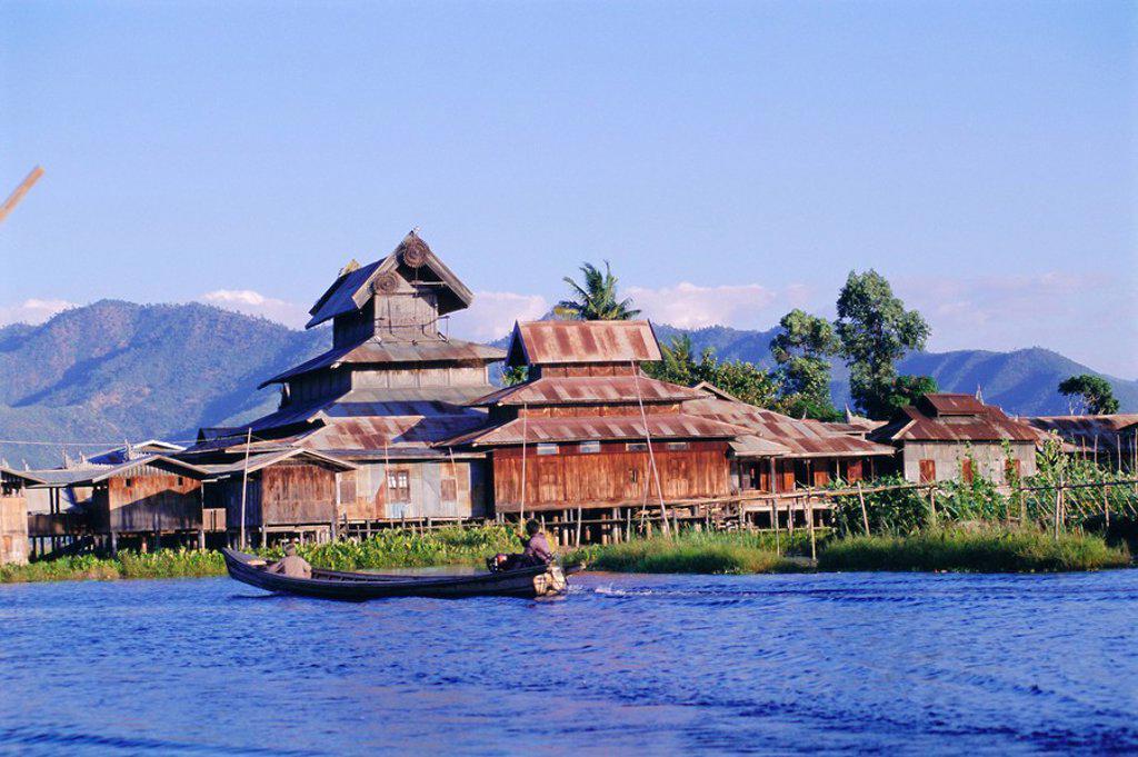 Stock Photo: 1890-12169 Monastery, Inle Lake, Shan State, Myanmar Burma, Asia