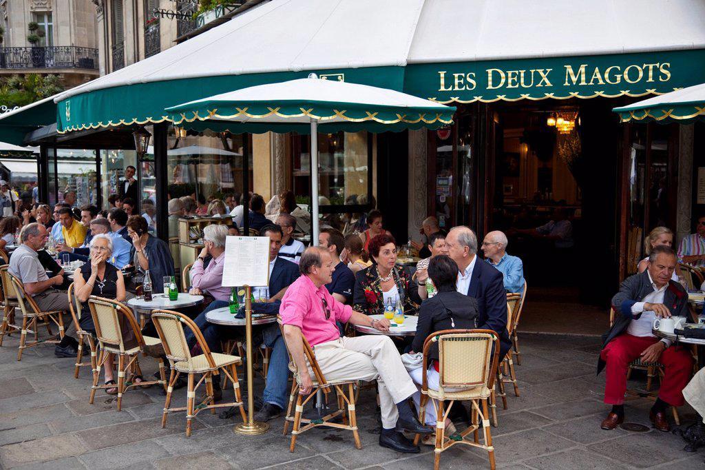 Les Deux Magots Cafe, Saint_Germain_des_Pres, Left Bank, Paris, France, Europe : Stock Photo