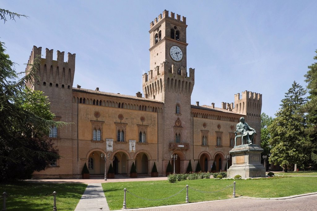 Stock Photo: 1890-122778 The Town Hall and statue of the composer Verdi, who lived in the town in 1824, Busseto, Emilia_Romagna, Italy, Europe
