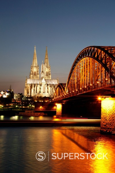 Stock Photo: 1890-125066 Hohenzollern Bridge over the River Rhine and Cathedral, UNESCO World Heritage Site, Cologne, North Rhine Westphalia, Germany, Europe
