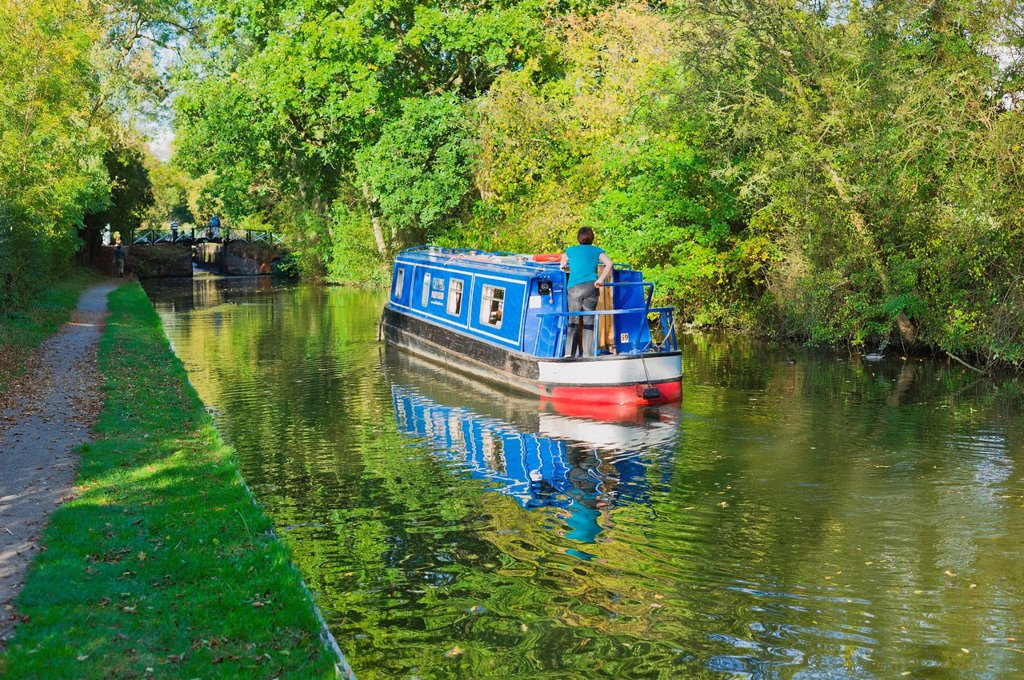 Stock Photo: 1890-125872 A narrow boat on the Stratford upon Avon canal, Preston Bagot flight of locks, Warwickshire, Midlands, England, United Kingdom, Europe