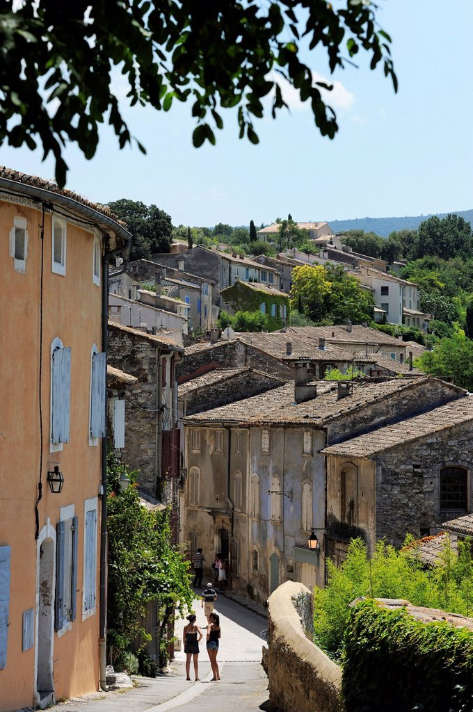 Traditional old stone houses, Les Plus Beaux Villages de France, Menerbes, Provence, France, Europe : Stock Photo