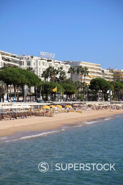 Beach, La Croisette, Cannes, Alpes Maritimes, Provence, Cote d´Azur, French Riviera, France, Mediterranean, Europe : Stock Photo