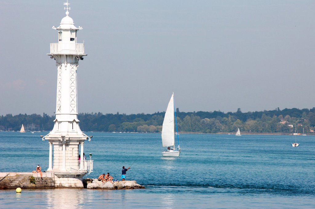 Stock Photo: 1890-128008 Leman Lake lighthouse, Lake Geneva, Geneva, Switzerland, Europe